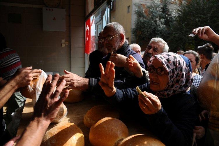 400 gram ekmeği 1 liraya satıyor
