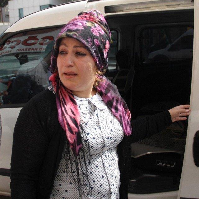 Adana'da genç kadını ağlatan sahte polislerden biri yakalandı!