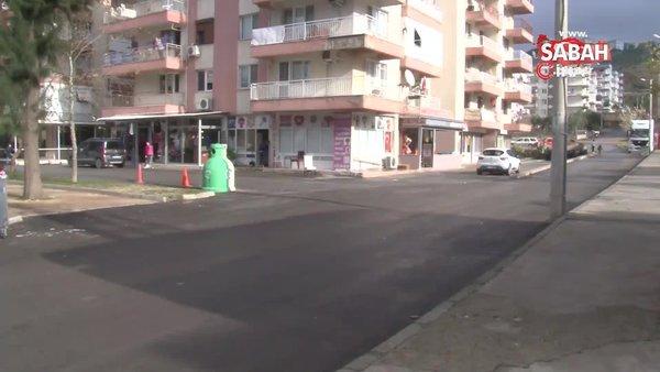 İzmir'de dehşet! Babasını sokak ortasında sopayla öldürdü | Video