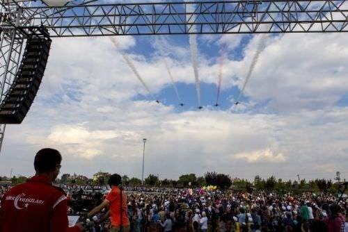 Türk Yıldızları'ndan müthiş gösteri