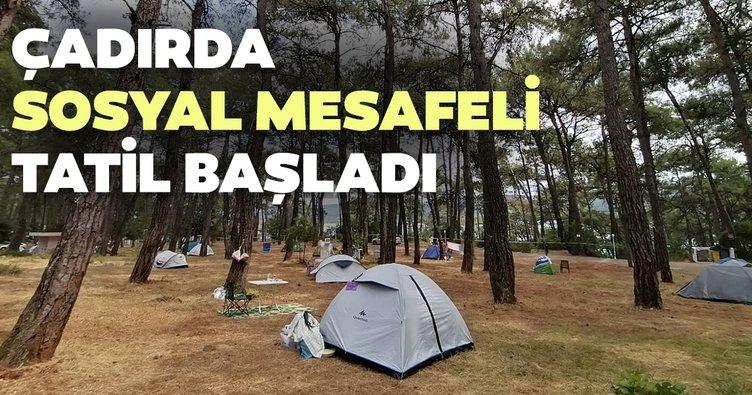"""Çadırda """"sosyal mesafeli tatil""""…"""