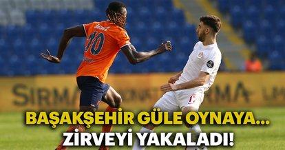 Medipol Başakşehir, Antalyaspor'u 4 golle geçti