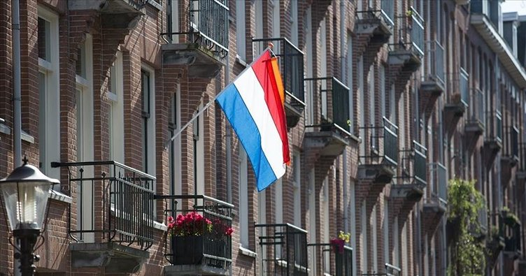 Hollanda'da muhabirin yazdığı kitaptan 'devlet sırlarının' çıkarılması kararı