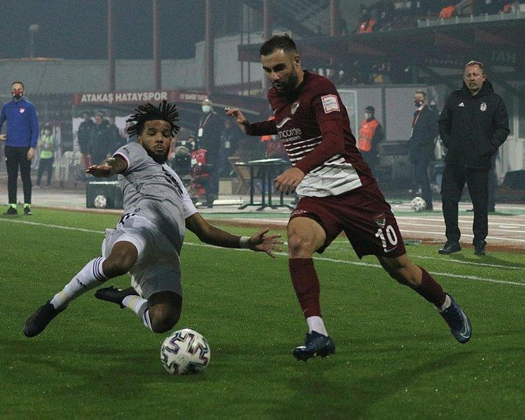 Hatayspor - Beşiktaş maçına damga vuran o pozisyonu yorumladı... Çok açık penaltıydı!