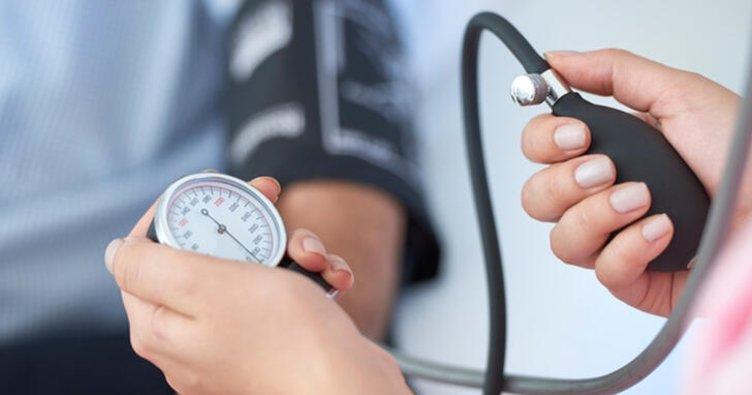 İlaç kullanmadan yüksek tansiyona ne iyi gelir, yüksek tansiyonu ne düşürür? İşte doğal ve bitkisel tedavi yöntemleri