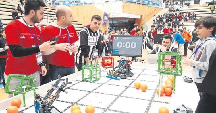 Robotik turnuvada kozlarını paylaştılar