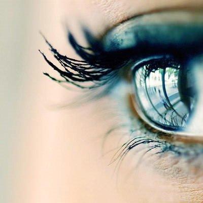 Gözleriniz de kirpikleriniz de renklensin!