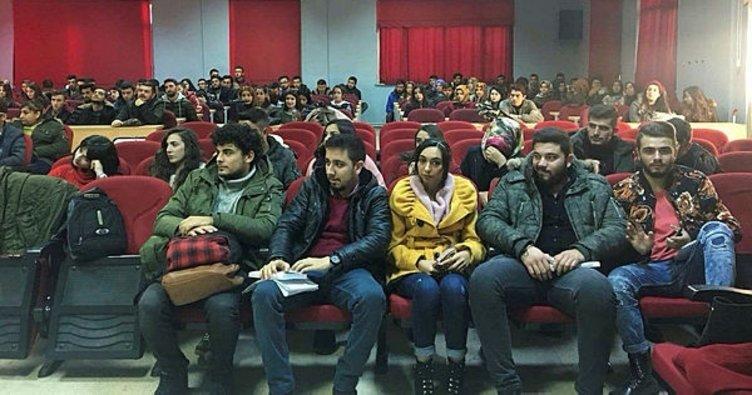Yüksekokul'da 'Dilimiz kimliğimizdir' konulu konferans