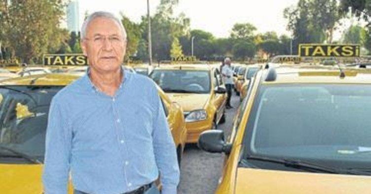 Taksi, minibüs ve servislere kamera