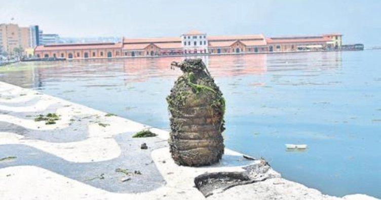 Kordon'daki kirlilik İzmir'e yakışmıyor