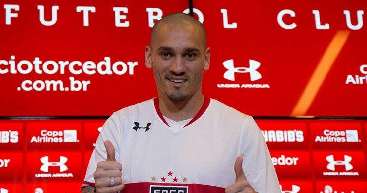 Son dakika: Galatasaray'ın yeni transferi Maicon İstanbul'a geliyor!