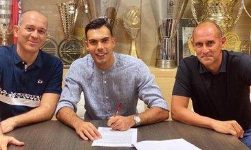 Fenerbahçe Beko'dan ayrılan Sloukas Olympiakos'a imza attı