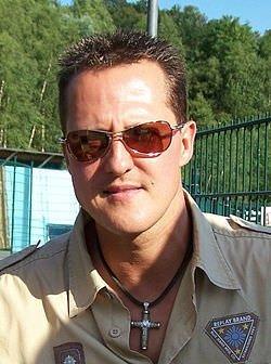 Schumacher tam 1 aydır komada!