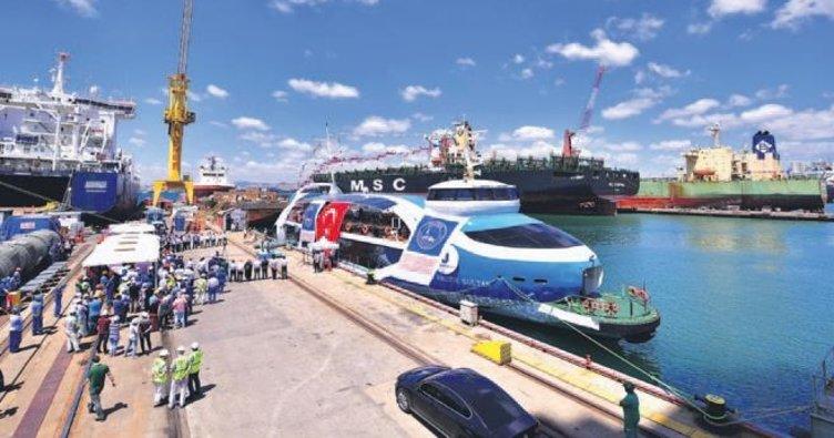 Boğaz'a yeni gemi: Valide Sultan
