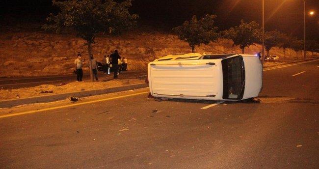 Şanlıurfa'da feci kaza! Ekipler uçurum kenarında yaralı aradı