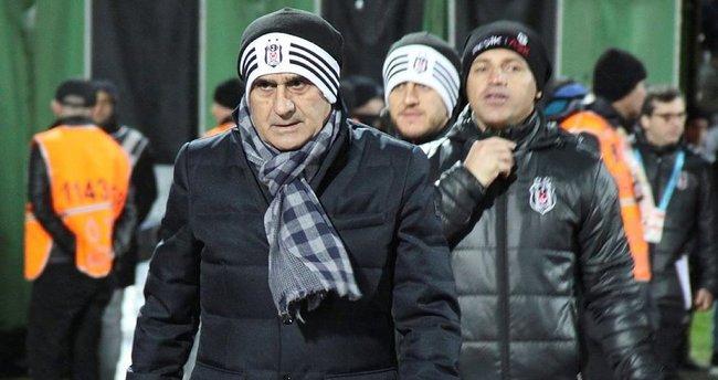 Beşiktaş'ın Fenerbahçe derbisi öncesi ilk 11'i belli oldu!