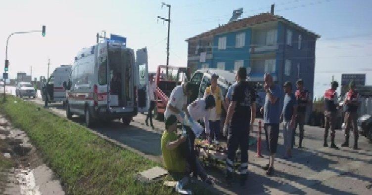 Samsun'da 6 araç birbirine girdi: 10 yaralı!