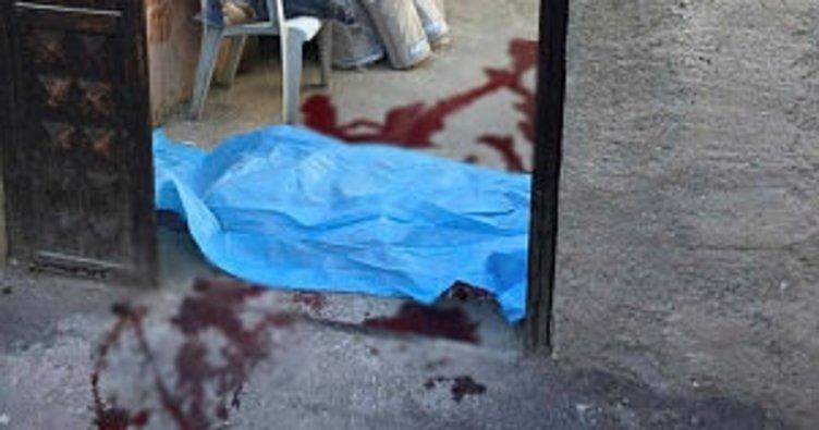 Beton ölen kapının üstündeki beton bloğun altında kalarak öldü akdeniz haberleri