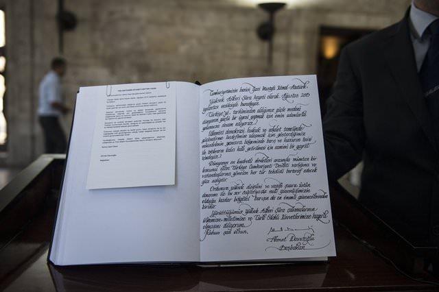 Liderleri imzalarından tanıyabilir misiniz?