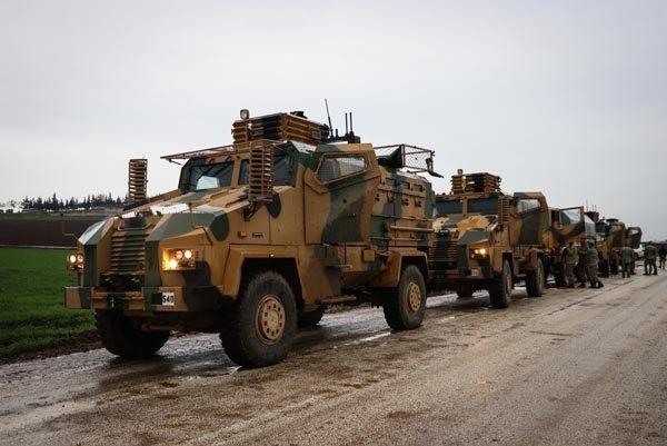Ant içen komandolar Afrin'e hareket etti