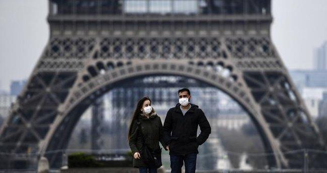 Fransa'da Kovid-19 nedeniyle son 24 saatte 313 kişi öldü