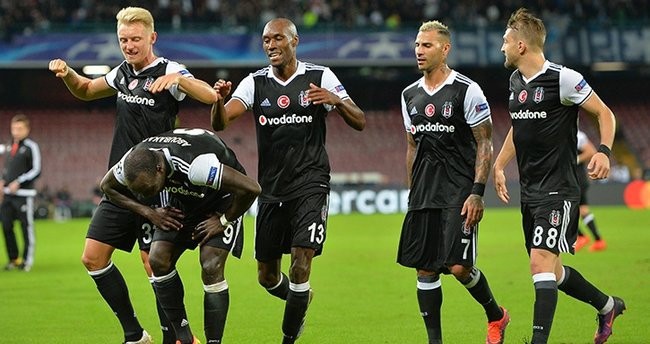 TRT 1 canlı izle - Beşiktaş Napoli maçı TRT'de!