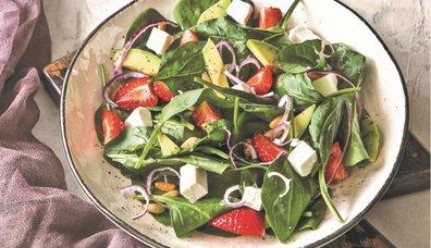 Çilekli Ispanaklı Salata