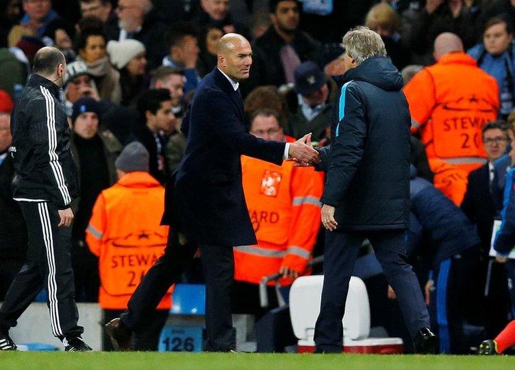 Zidane'ın pantolonu yırtılınca...