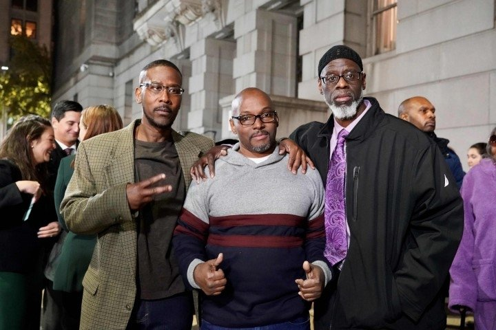 İşlemedikleri suçtan 36 yıl hapis! Kolej ceketi için...