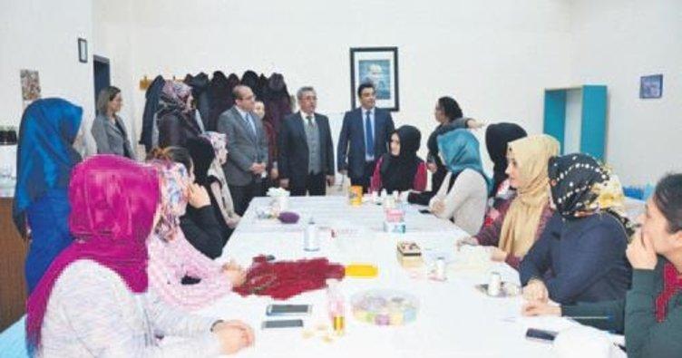 Başkan Çetin, Hanım Evleri'ni ziyaret etti