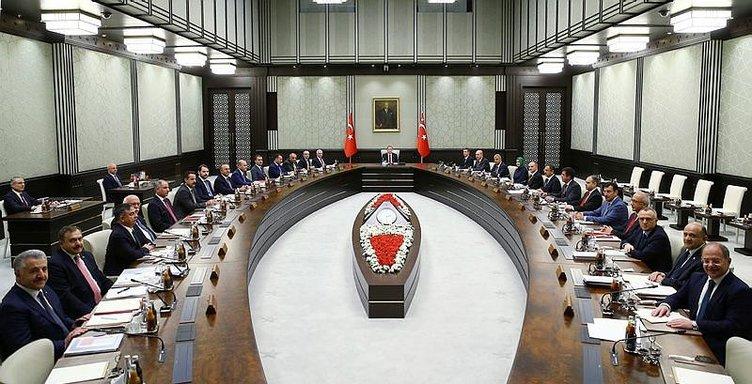 6 Soruda Ak Parti'de yeni dönem