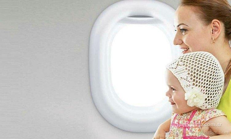 Bebeginizle stresten uzak bir uçak yolculugu için 8 öneri