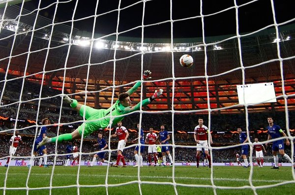 Chelsea - Arsenal maçına o görüntü damga vurdu! Mesut Özil ve Fenerbahçe...
