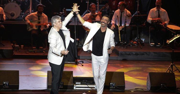 Hakan Altun ile Cengiz Kurtoğlu'nun Harbiye konserine sürpriz misafir