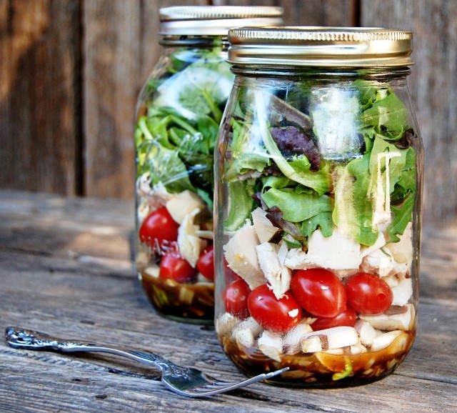 Kavonozda salata yiyerek kilo verin!