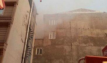 Van'da iş merkezinde yangın