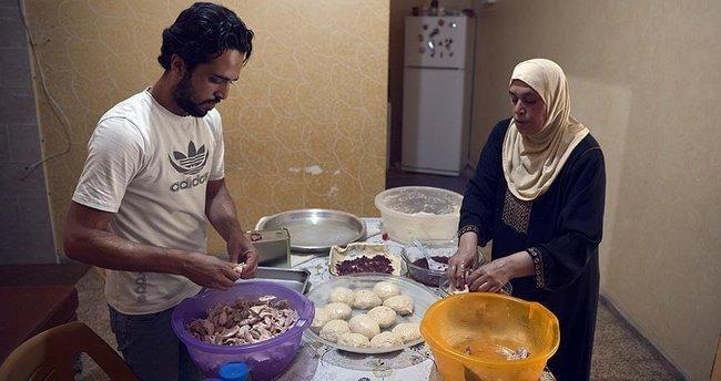 Filistinli sığınmacı ailenin 'ayakta kalma' çabası