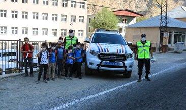 Hakkari de Güvenli Okul ,Güvenli Gelecek projesi uygulaması yapıldı.
