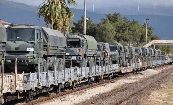 İslahiye'ye askeri araç ve personel sevkiyatı