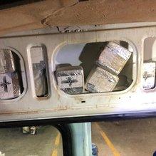Aracın yan döşemesine zulalanmış 75 kilo eroin ele geçirildi