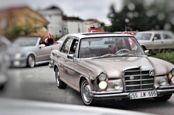 Dedesinin 50 yaşındaki otomobilini bakın nasıl yeniledi