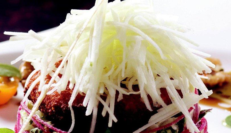 Keçi Peynirli Salata