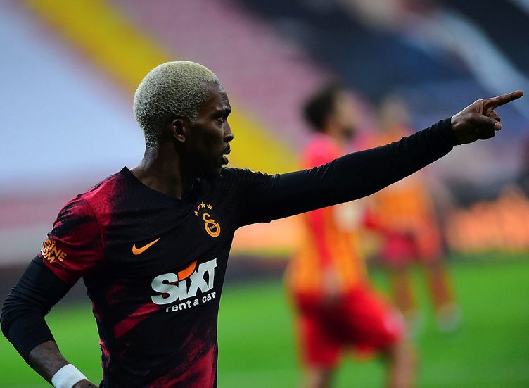 Son dakika: Galatasaray - Beşiktaş derbisinde kadrolar belli oldu! Şampiyonluk maçında Falcao ve Onyekuru...