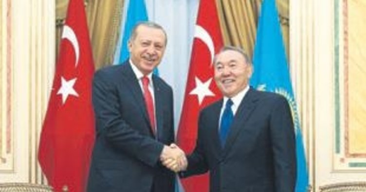 Nazarbayev'le görüşecek