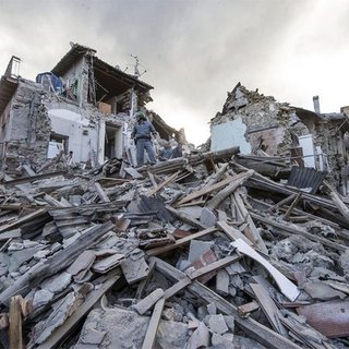 Afetlerde yıkılan bina için resen dönüşüm