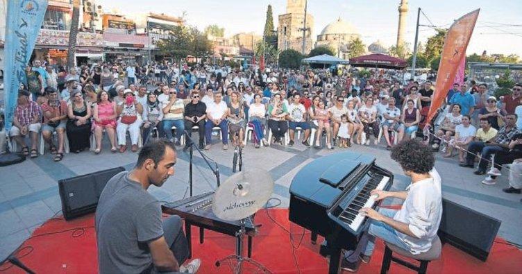 Kaleiçi Festivali konserlerle bitti