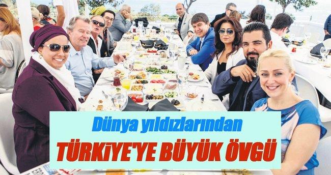 'Barışın yükü Türkiye'nin üzerinde'