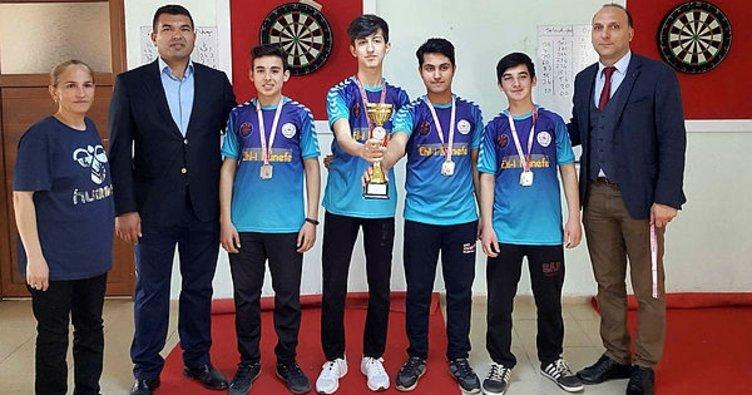 Okullar arası dart il birincileri ödüllendirildi