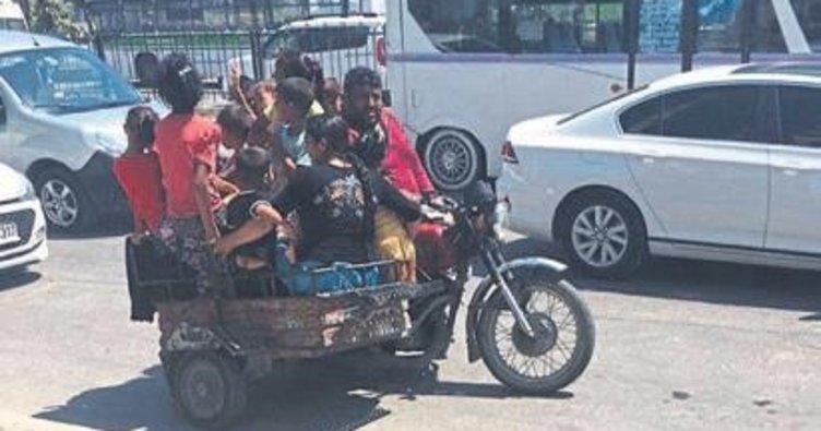 Melih ABİ: Motosiklet üzerinde kaç kişi var sayın bakalım