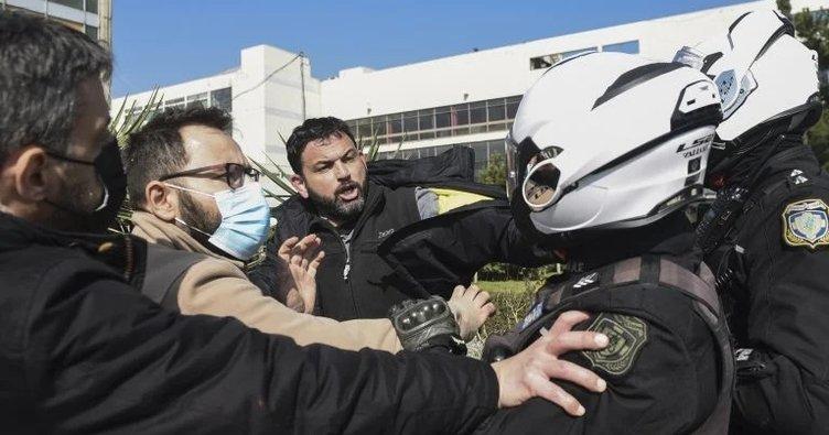 Yunanistan'da olaylı protesto! Rektörlük binasını işgal ettiler